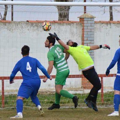 El CD Cuéllar inicia la segunda vuelta con victoria en Cantimpalos (2-3)