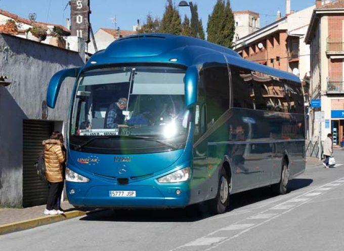 Centrados pide la mejora del apeadero de autobuses de la villa