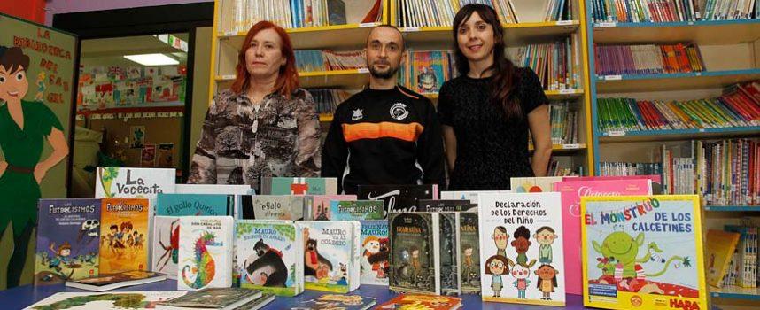 El Club Racing Cuéllar destina los fondos de su Torneo Solidario a la biblioteca del CEIP San Gil