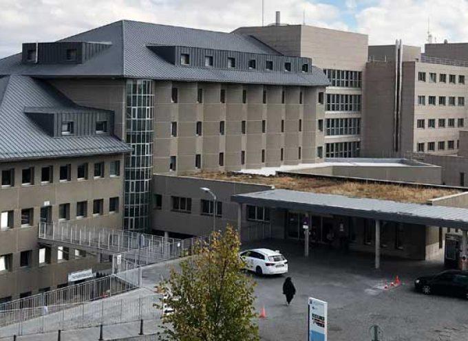 Una persona fallece con COVID-19 en el hospital de Segovia y tres más dan positivo