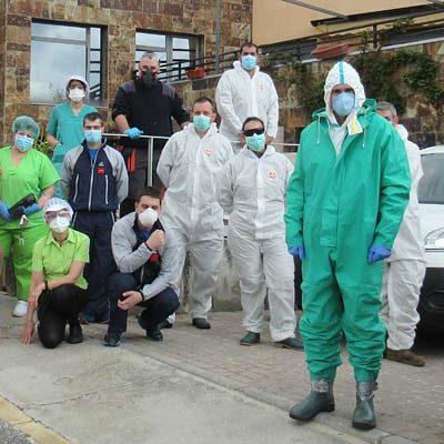 El ejército realiza la limpieza y desinfección del Centro de Mayores Valdihuertos