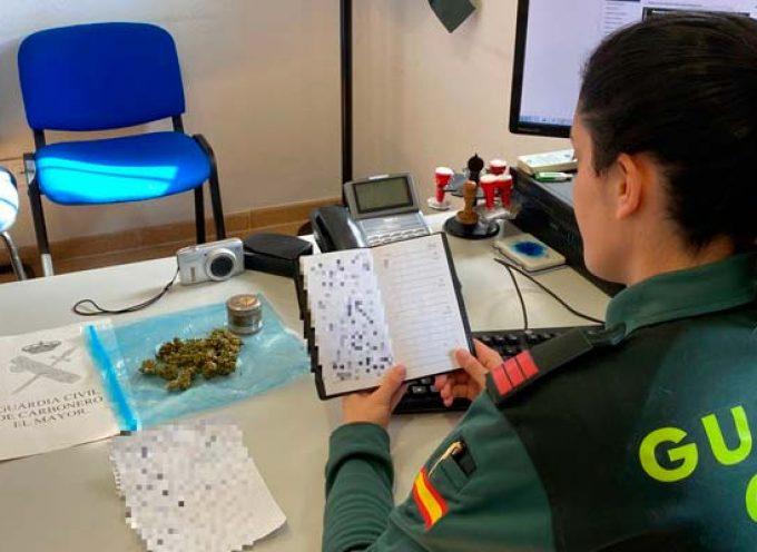 La Guardia Civil detiene en Carbonero el Mayor a un hombre que presuntamente vendía droga a menores