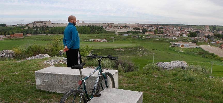 Medio Ambiente propone rutas saludables por Cuéllar y su entorno con la guía `COLENDAndantes´