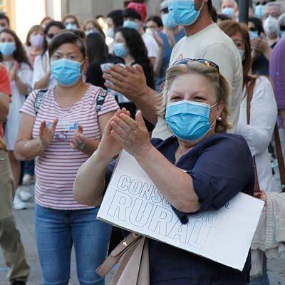 Las mascarillas serán obligatorias en vías públicas, al aire libre y espacios públicos cerrados