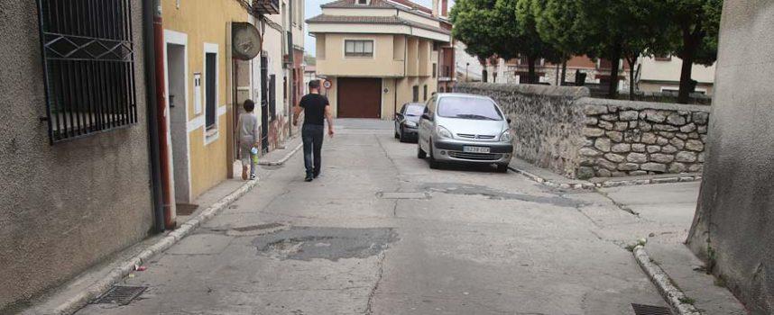 El Ayuntamiento invertirá 31.000 euros en la pavimentación de la Travesía de la Cruz