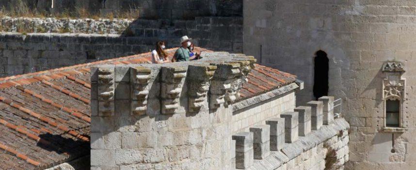 Turismo de Cuéllar permite disfrutar de la villa desde el adarve del Castillo en un nuevo recorrido