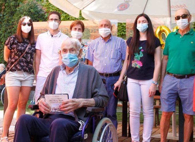 """El valleladense Elías Muñoz de la """"quinta del biberón"""" celebra su 100 cumpleaños"""