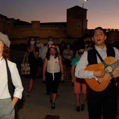 Literatura, turismo, música y teatro se mezclan en la noche cuellarana