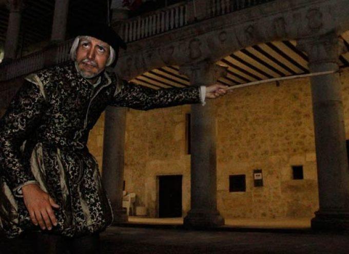 El Castillo abre sus puertas los viernes a visitas nocturnas guiadas por personajes de su historia