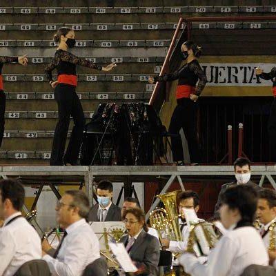 Los pasodobles protagonizaron el regreso a los escenarios de la Banda Municipal de Música y Sueño Flamenco