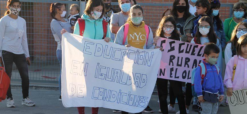 El PSOE exigirá en las Cortes un cuarto profesor para el colegio de Gomezserracín