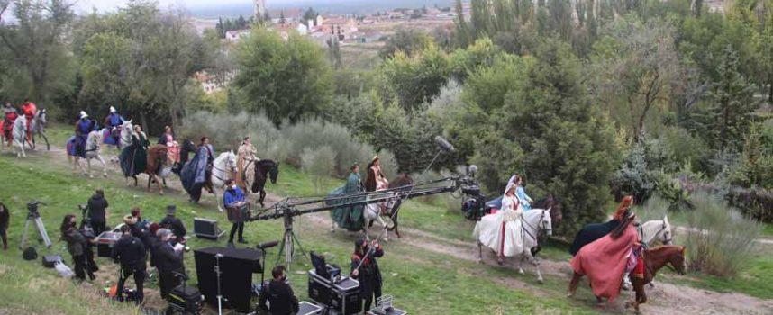 La Huerta del Duque se convierte en plató para la grabación de la serie `Glow & Darkness´