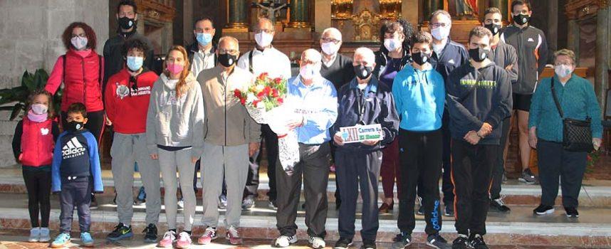 Carrera de relevos con flores desde Valladolid para entregar un ramo a la virgen de El Henar