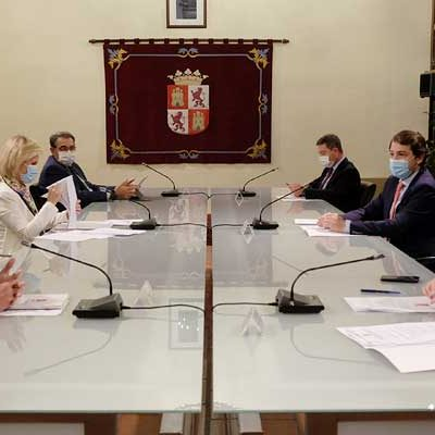 Castilla y León anuncia su cierre perimetral para frenar la COVID desde el viernes a las 14.00 horas