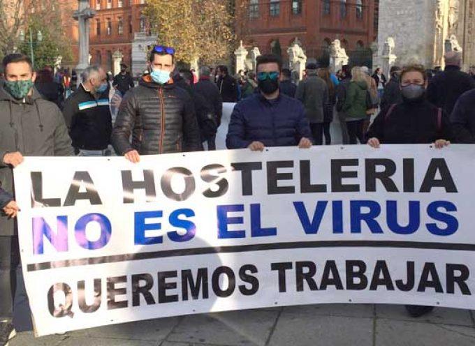 Los hosteleros cuellaranos se suman a la manifestación de protesta en Valladolid