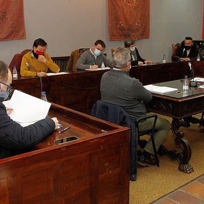 PP y Cs vuelven a mostrar su desacuerdo con los plenos presenciales con sus votos en contra de los asuntos tratados