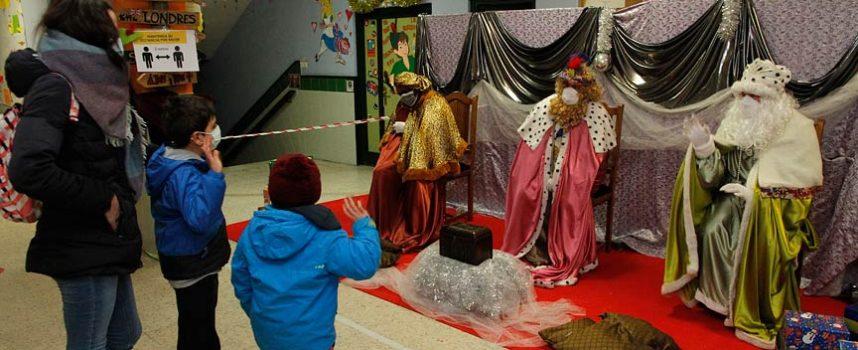Los Reyes Magos alimentan la ilusión en un año sin cabalgata