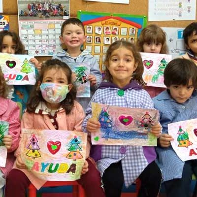 Los escolares cuellaranos celebraron el Día de la Paz con dibujos, música y poesía