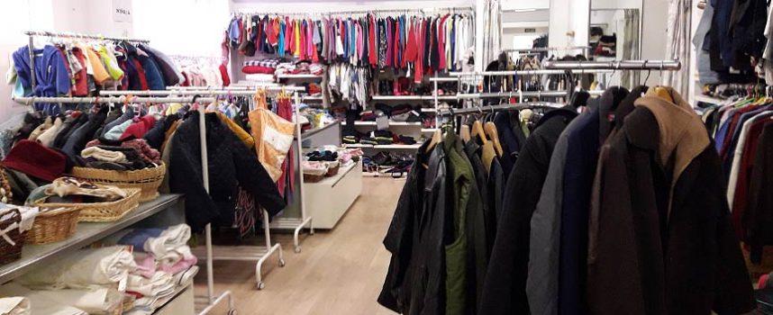 Cáritas proyecta instalar contenedores para la recogida de ropa en Cuéllar y Sanchonuño