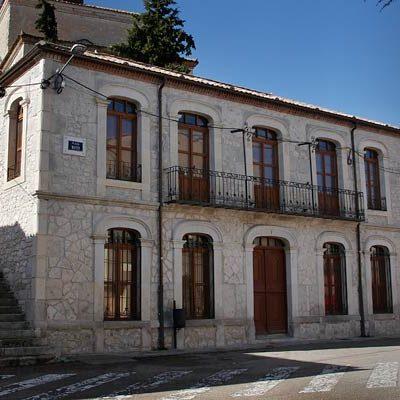 La rehabilitación del Ayuntamiento de Olombrada se concluirá con una ayuda de 88.300 euros de la Junta
