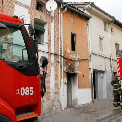 Un incendio afecta a la planta baja de una vivienda en la calle Cogeces de Cuéllar