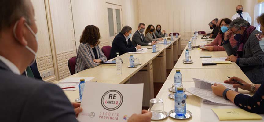 La Diputación aprueba las bases de las subvenciones destinadas al comercio rural y la hostelería de los pueblos de la provincia