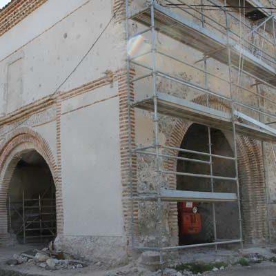 La restauración de la iglesia de La Cuesta saca a la luz un mural con pinturas y decoraciones de gran valor