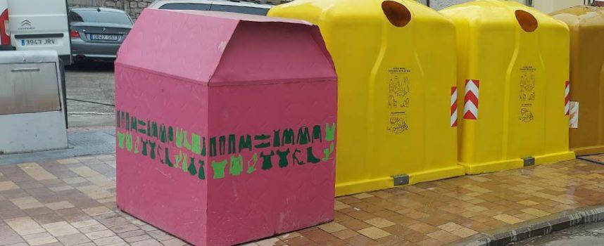 Cáritas y Apadefim 2000 instalarán nuevos contenedores de recogida de ropa en Cuéllar