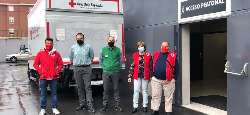 Cruz Roja recibe la donación de 11 palés de alimentos de Mercadona en Cuéllar