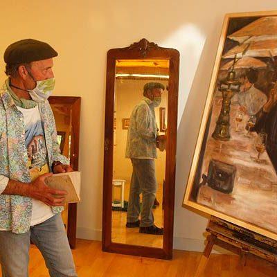 Las Tenerías acogen la exposición-subasta `Universo Kanando´ con obras del artista local y donadas por sus amigos