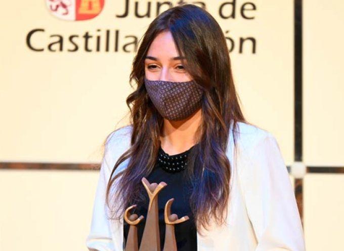 Marina Muñoz recoge su Premio Pódium al Mejor deportista promesa regional