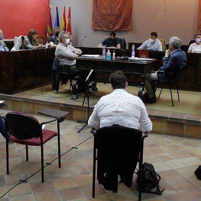Oposición y asociaciones profesionales critican las bases de selección de actores del Ayuntamiento de Cuéllar