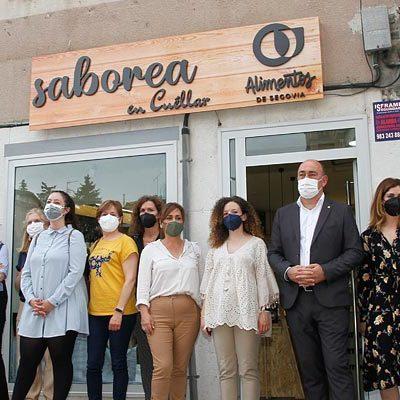 Saborea en Cuéllar, primer establecimiento de la provincia centrado en los productos de Alimentos de Segovia