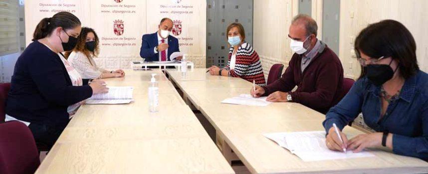La Diputación subvenciona con 22.500 euros a los cuatro Grupos de Acción Local de la provincia