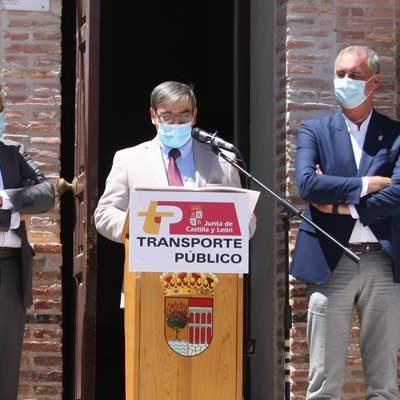 La Junta implanta el bono rural de transporte gratuito en 19 localidades de la zona de Carbonero el Mayor