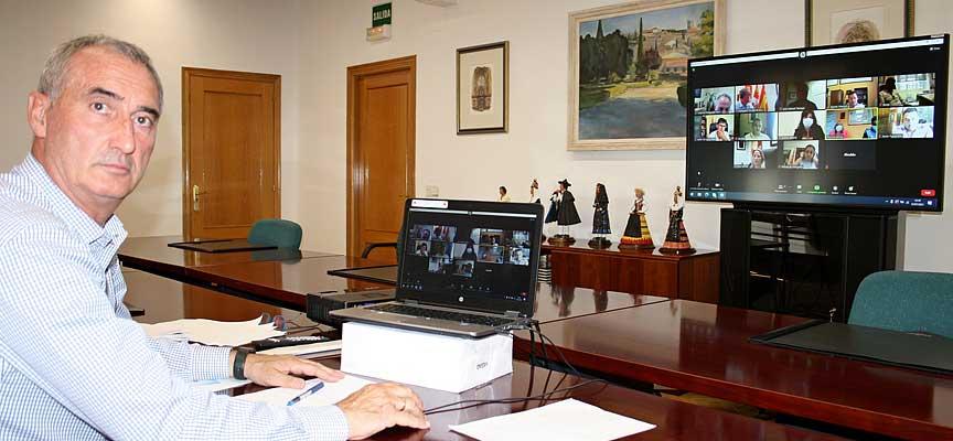 Reunión delegado territorial y alcaldes covid_esCuellar