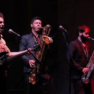 El público vibró al ritmo del blues de Los Saxos del Averno en las `Veladas de San Francisco´