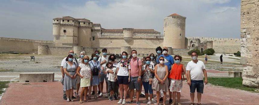 El mudéjar cuellarano y El Henar recibieron a los participantes en el programa `Viajero, yo te enseñaré Segovia´