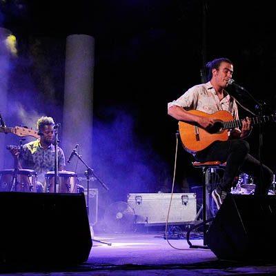 Mr. Kilombo y Thomas Potiron echaron el telón a los conciertos del fin de semana en Cuéllar