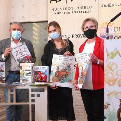 Los Bibliobuses se suben al tren para conectar literatura y sostenibilidad en la XVII Campaña de Animación a la Lectura