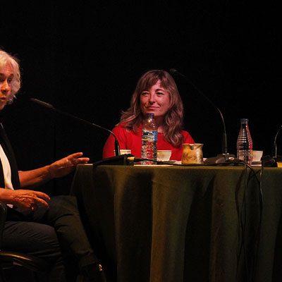 Conchi González y Mª José Velasco bucean en la memoria de los mayores para rescatar 50 años de la historia de Cuéllar