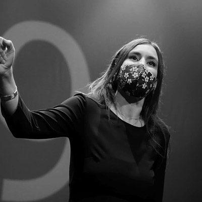 La cuellarana Sara Balporte, ganadora del `Altercado Slam´ de poesía de Zaragoza